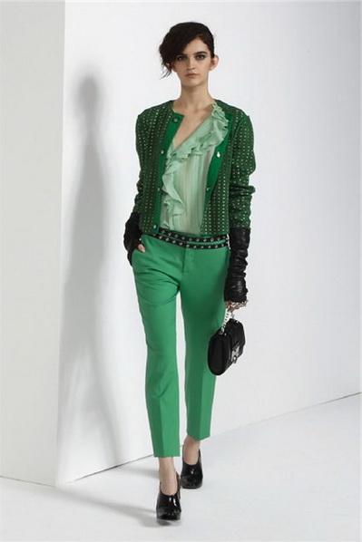 Темно зеленые брюки