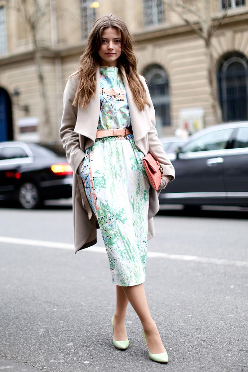 Пальто и длинное платье