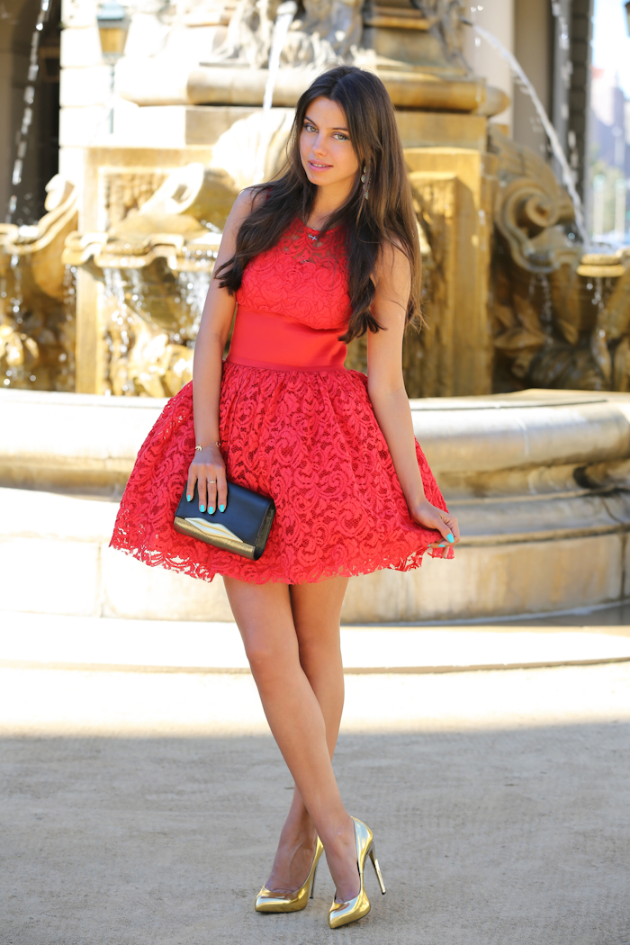 фото с сайта dressitup.biz